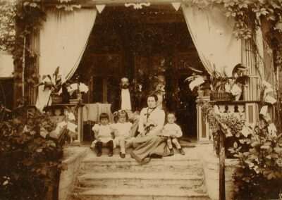 J. Poska perekonnaga 1902