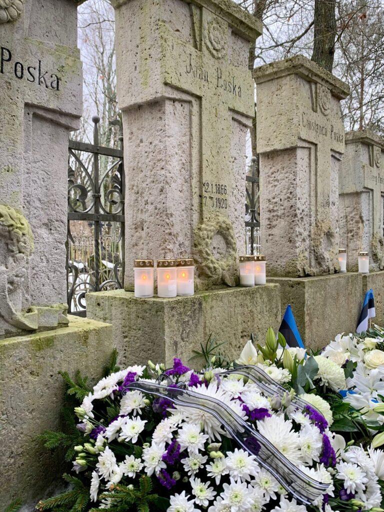 Jaan poska haud Tallinna Siselinna kalmistul